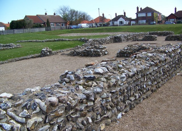 Roman Around Caister? Make Sure to Check Out Gariannonum, its Ancient Fort!